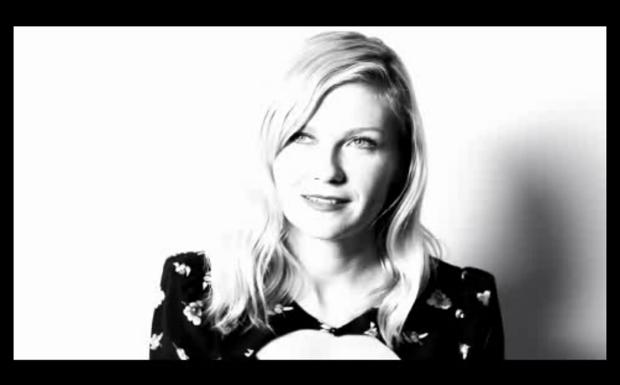 Kirsten Dunst im Musikvideo von R.E.M.