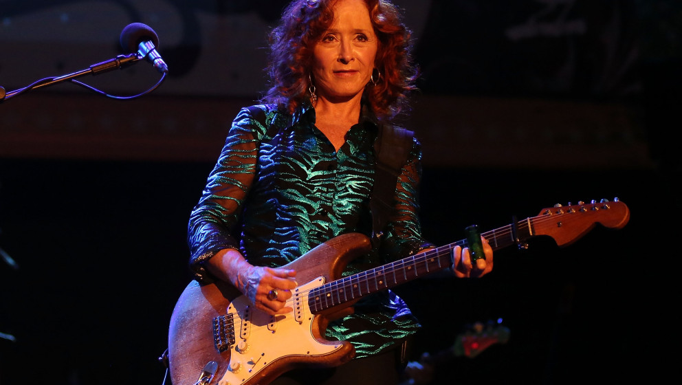 SINGAPORE - MARCH 22:  Nine time Grammy Award winner Bonnie Raitt performs on stage during the Timbre Rock & Roots Festiv