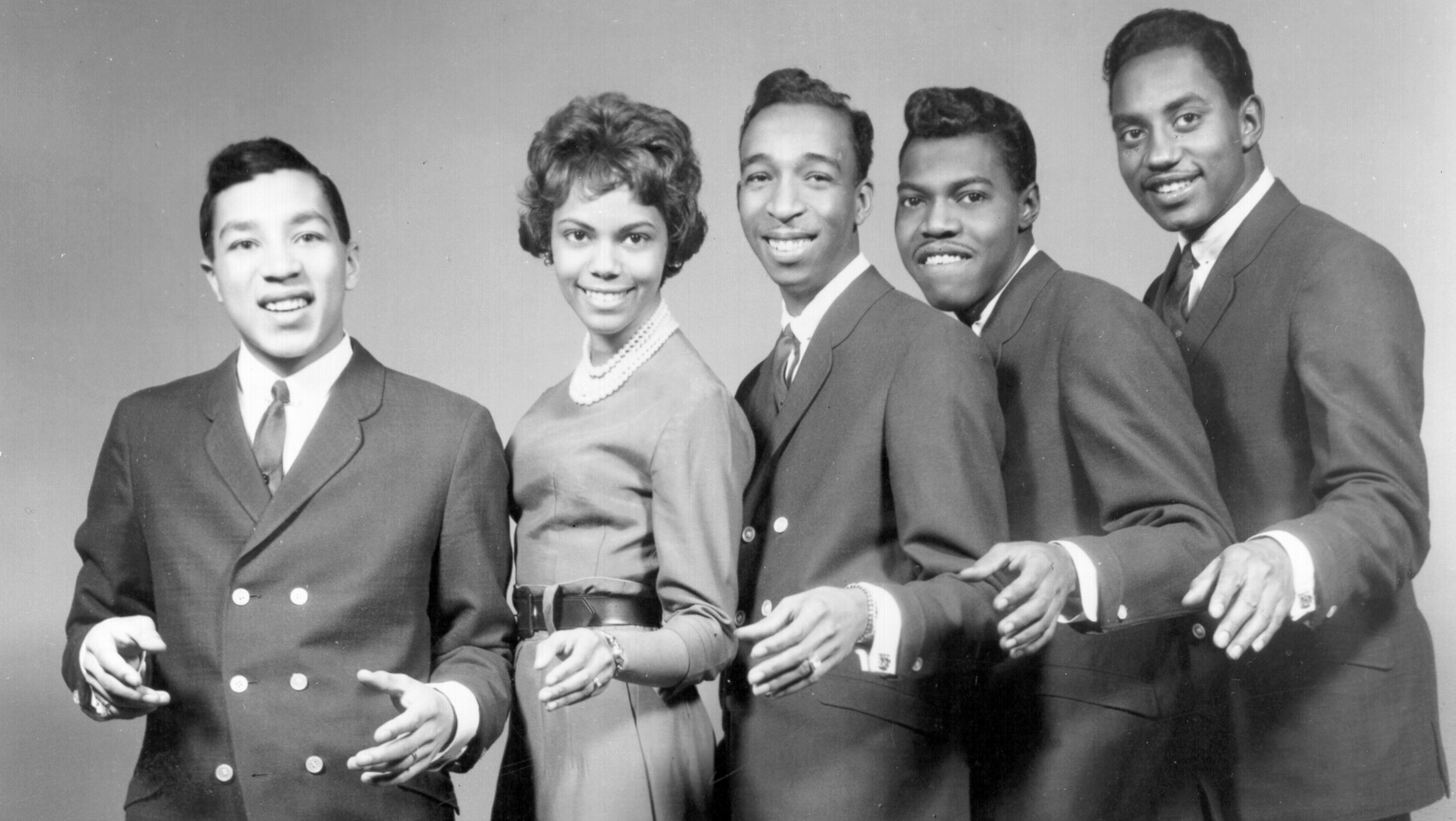 UNSPECIFIED - CIRCA 1970:  Photo of Smokey Robinson & The Miracles  Photo by Michael Ochs Archives/Getty Images