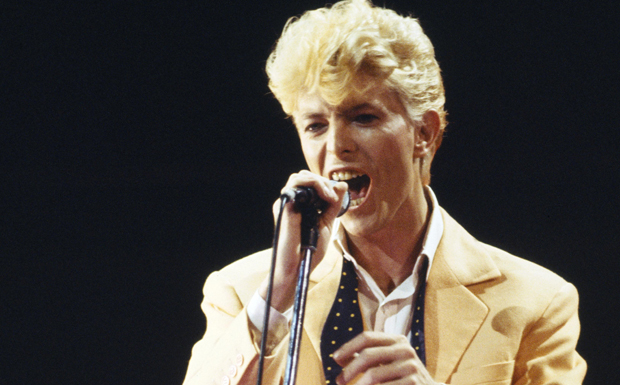 1983 veröffentlichte David Bowie mit 'Let's Dance' sein erstes Album bei EMI - der größte kommerzielle Erfolg, den Bowie j