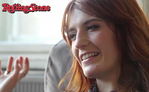 Florence Welch von Florence And The Machine im Videointerview mit rollingstone.de im Münzsalon in Berlin.