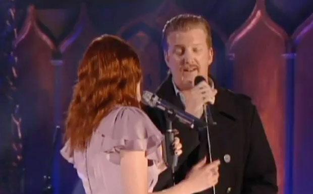 Florence Welch und Josh Homme im Duett beim MTV Unplugged.