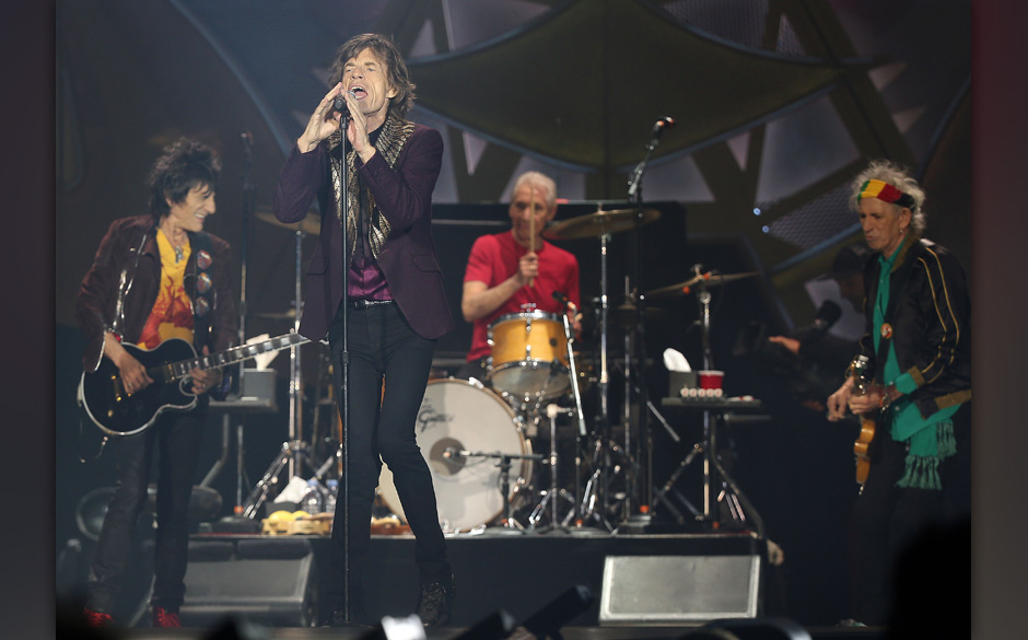 Die Rolling Stones mit Ron Wood (l-r), Mick Jagger, Charlie Watts und Keith Richards treten am 19.06.2014 in D¸sseldorf (Nor