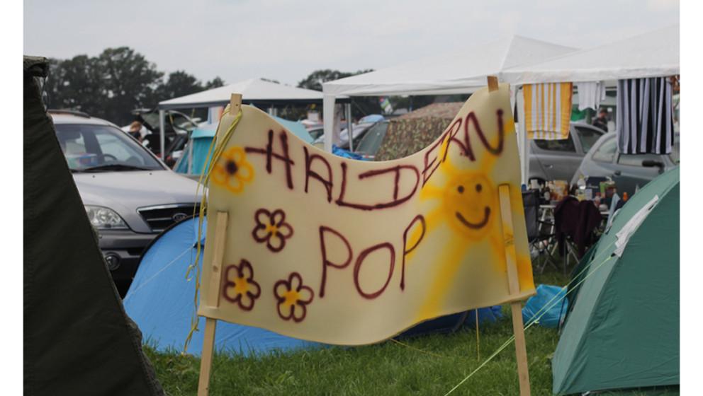 Man sieht schon gleich auf dem Camping-Platz, wie sehr die Besucher ihr Festival lieben.