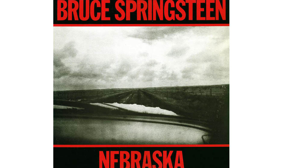 9. 'Nebraska' - Bruce Springsteen (Columbia, 1982) Bruce Springsteen in einem Holzhaus in Colts Neck, New Jersey, und freute