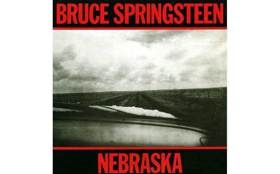 9. 'Nebraska' - Bruce Springsteen (Columbia, 1982) Bruce Springsteen in einem Holzhaus in Colts Neck, New Jersey, und freute