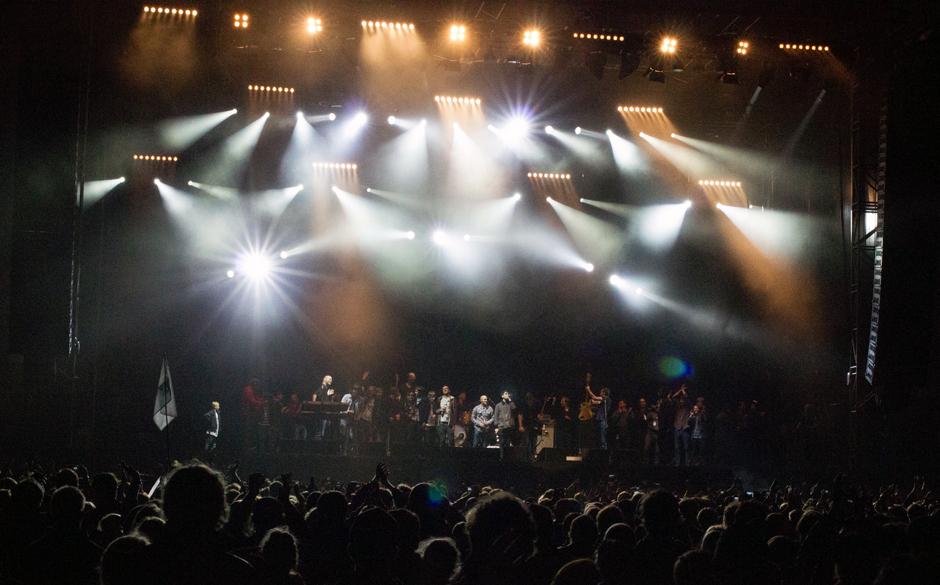 Das Finale: Grand Hotel van Cleef mit alle Mann auf der Bühne...