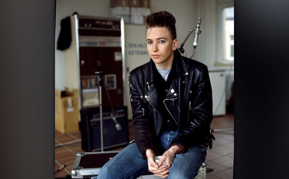 Depeche Mode in recording studio during the making of the Some Great Reward album, Berlin, July 1984, Alan Wilder. (Photo by