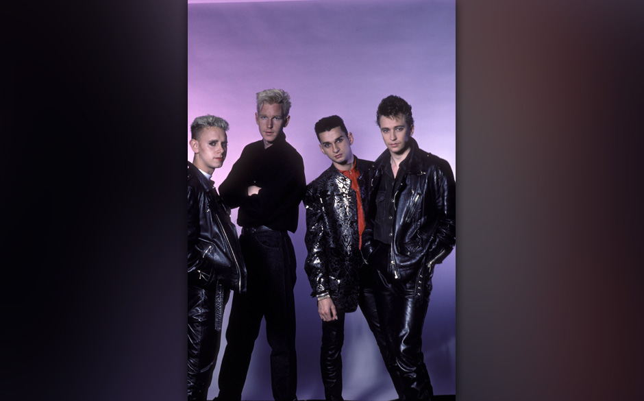 UNITED STATES - JANUARY 01:  Photo of DEPECHE MODE  (Photo by Ebet Roberts/Redferns)