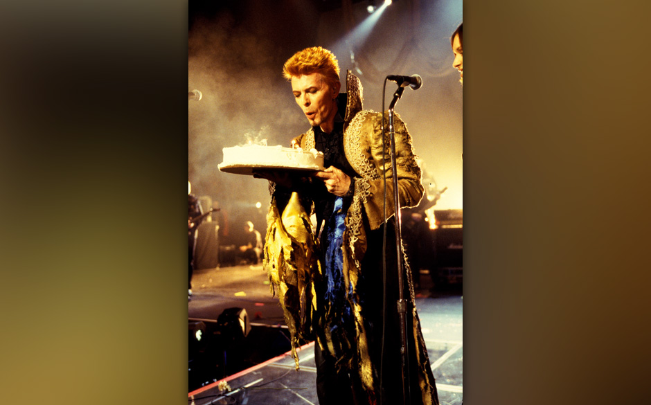 David Bowie at the Madison Square Garden in New York City, New York (Photo by Kevin Mazur/WireImage)