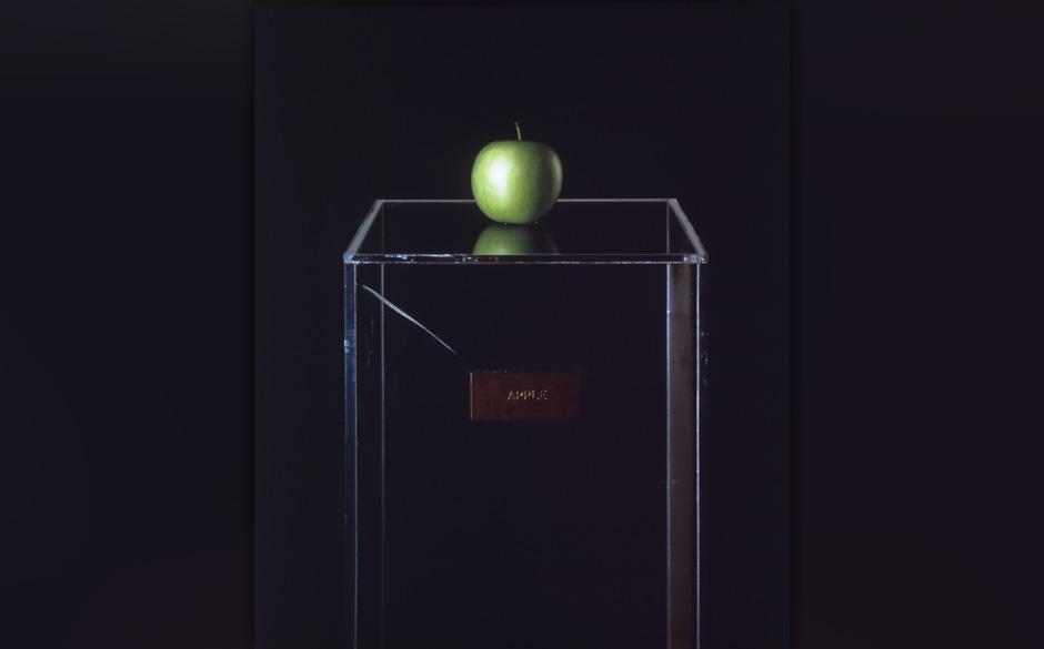 Apple, 1966