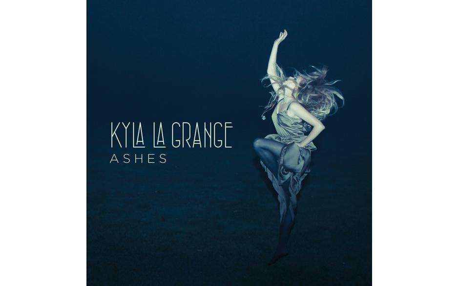 Kyla La Grange 'Ashes' (Ioki Records/Sony Music) In unserem Heft schreibt Gunther Reinhardt zur Platte unter anderem:  'Das D