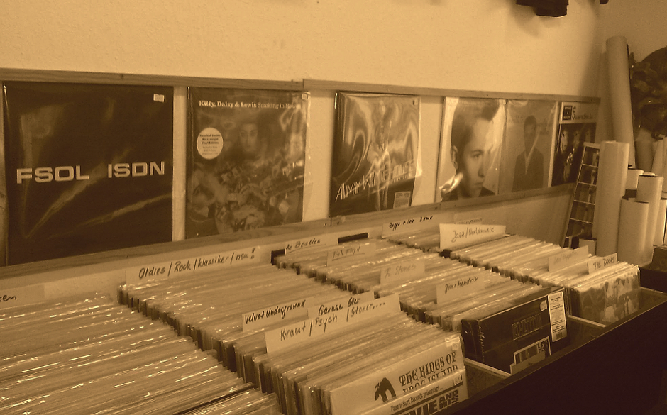Wie jede Woche reisen wir in unserer Albenvorschau wieder durch die Plattenläden des Landes. Heute empfehlen wir einen Besuc