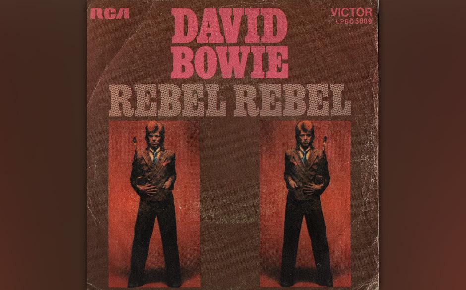 46. Rebel Rebel. Ein rotzig-bolziger Rocker, der im WM-Jahr 1974 in klotzigen Plateausohlen-Stiefeln aufgeführt wurde. Der M