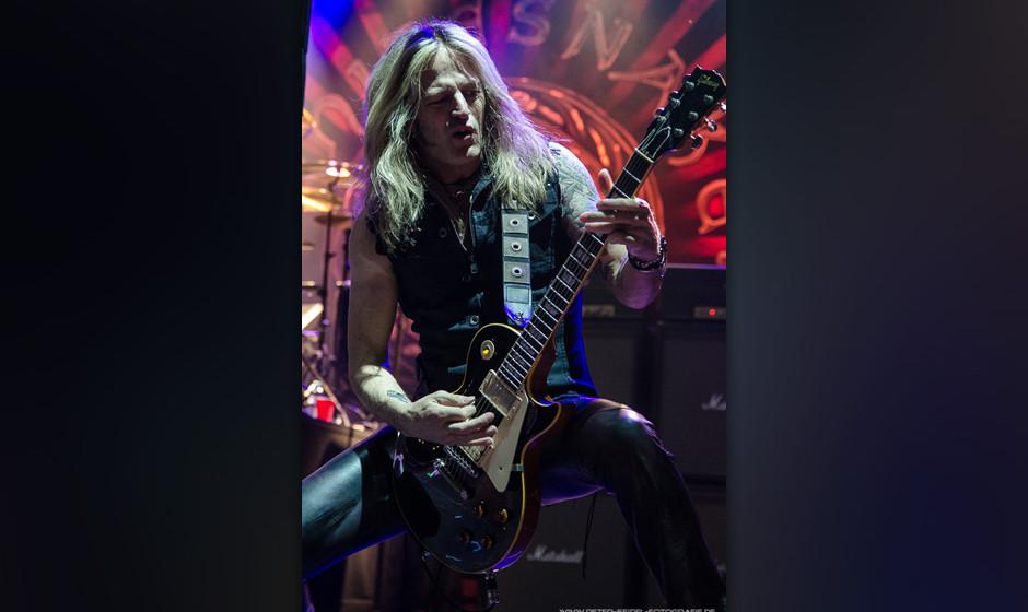 Whitesnake beim HiRock Festival 2013