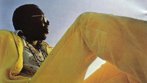 """40. Curtis Mayfield war stolz auf seine Fähigkeit, Zuhörer zum Schweigen zu bringen: """"Das Publikum konnte  vorher noch so"""