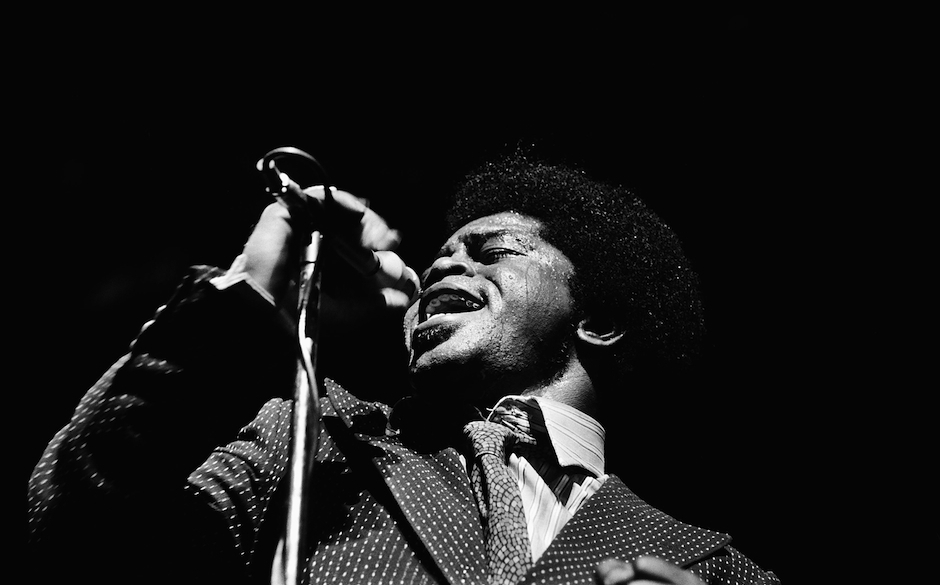 The American singer James BROWN onstage at the Olympia concert hall in Paris, on March 9, 1971. Le chanteur américain James