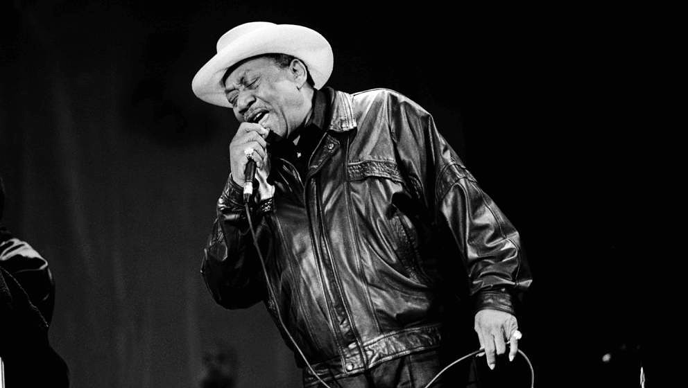 American blues musician Bobby Bland (1930 - 2013) performs at the Petrillo Band Shell in Grant Park, Chicago, Illinois, June