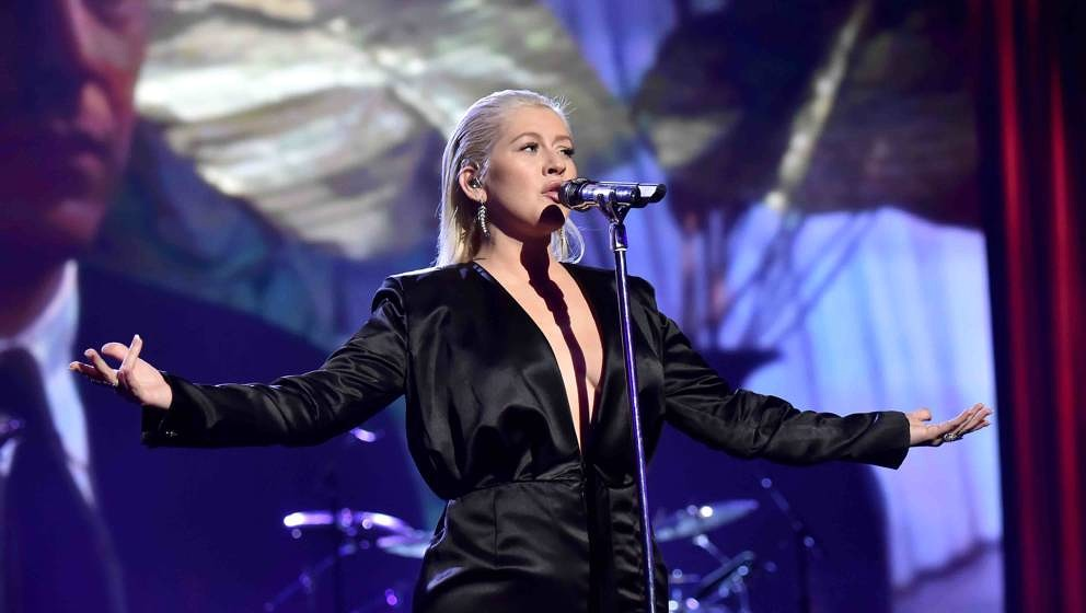 LOS ANGELES, CA - NOVEMBER 19:  Christina Aguilera onstage during the 2017 American Music Awards at Microsoft Theater on Nove