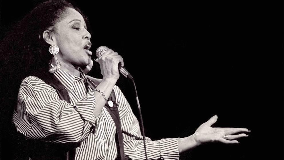 American pop and rhythm & blues singer Darlene Love (born Darlene Wright) performs at the Bottom Line nightclub, New York