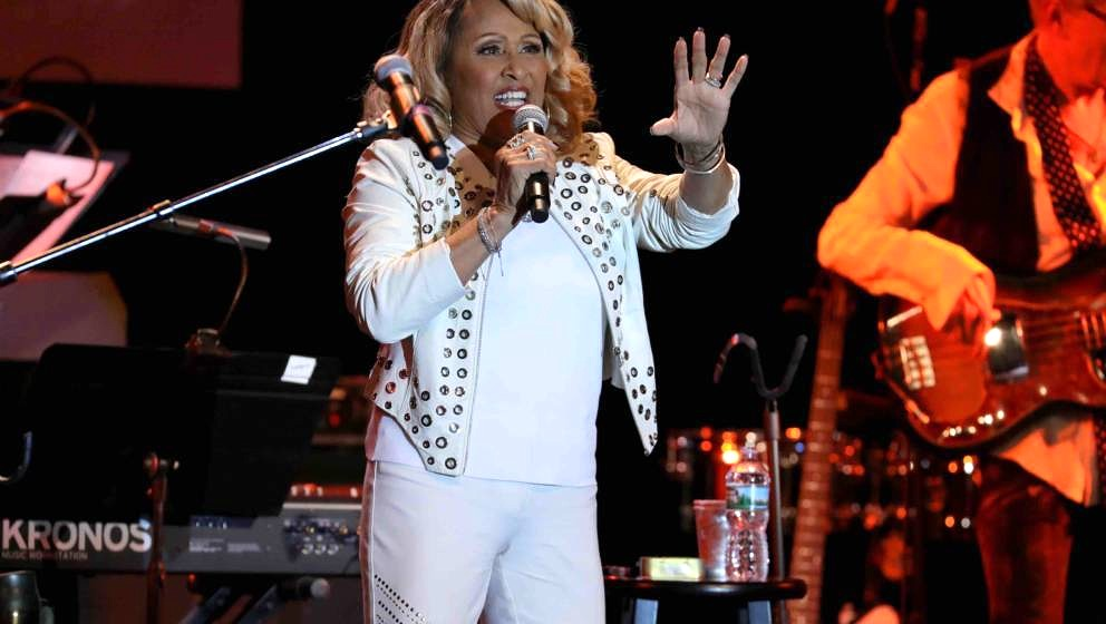 NEW YORK, NY - OCTOBER 18:  Darlene Love performs onstage during the Little Kids Rock Benefit 2017 at PlayStation Theater on