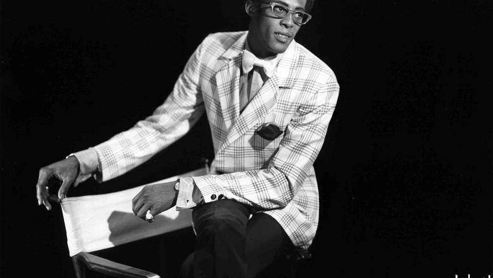 NEW YORK - CIRCA 1965: Singer David Ruffin of the R&B group 'The Temptations' poses for a portrait in circa 1965 in New Y