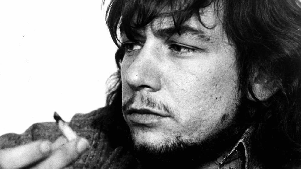 LONDON: Eric Burdon from The Animals and War posed in London in 1970 (Photo by Gijsbert Hanekroot/Redferns)