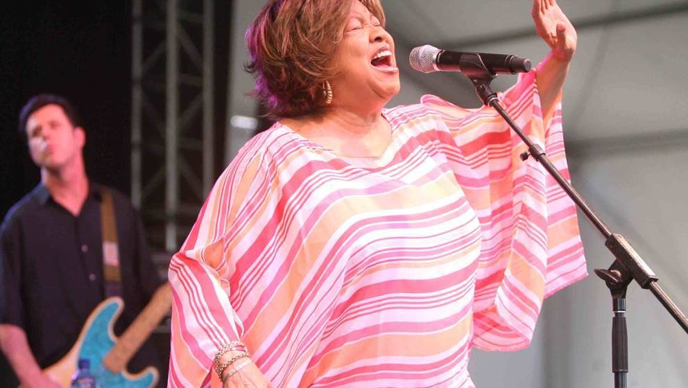 Mavis Staples during Bonnaroo 2007 - Day 3 - Mavis Staples at The Other Tent in Manchester, Tennessee, United States. (Photo