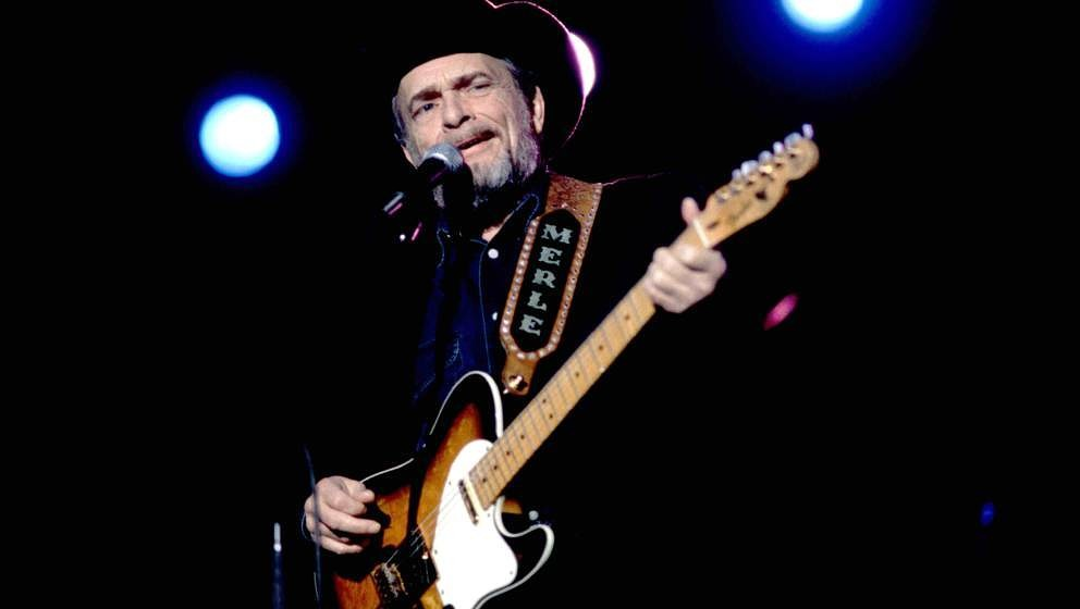 Singer and musician Merle Haggard performs at the Rosemont Horizon, Rosemont, Illinois, October 27, 1996. (Photo by Paul Natk