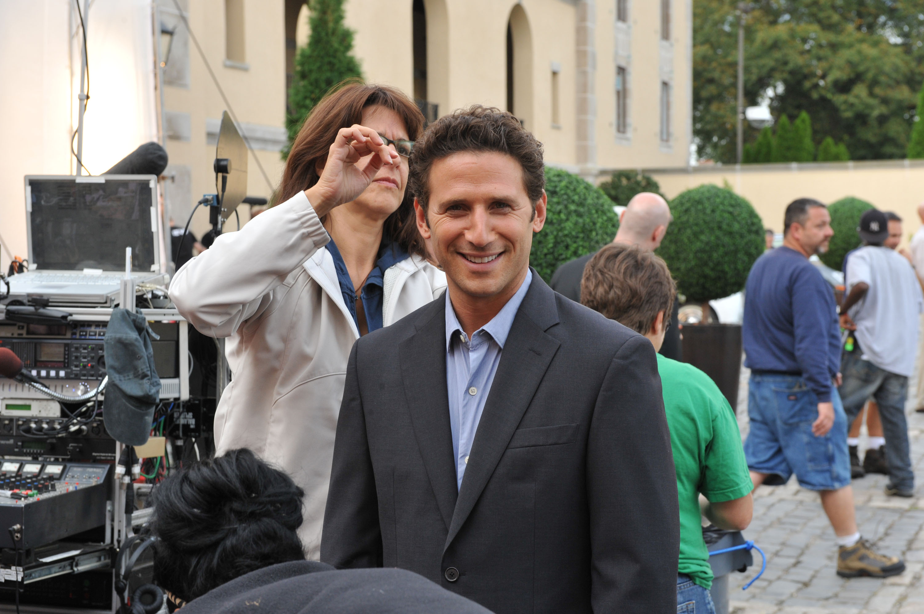 Image #: 11475148    Mark Feuerstein on the set of USA network's 'Royal Pains' filming on L.I. at Oheka Castle.   MAXA /Lando