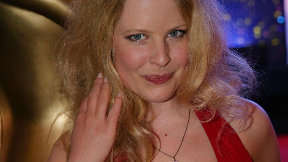 58. Doctor's Diary - Gretchen Haase (Diana Amft)  Margarete 'Gretchen' Haase hat zwei Probleme. Eines heißt Marc Meier, das