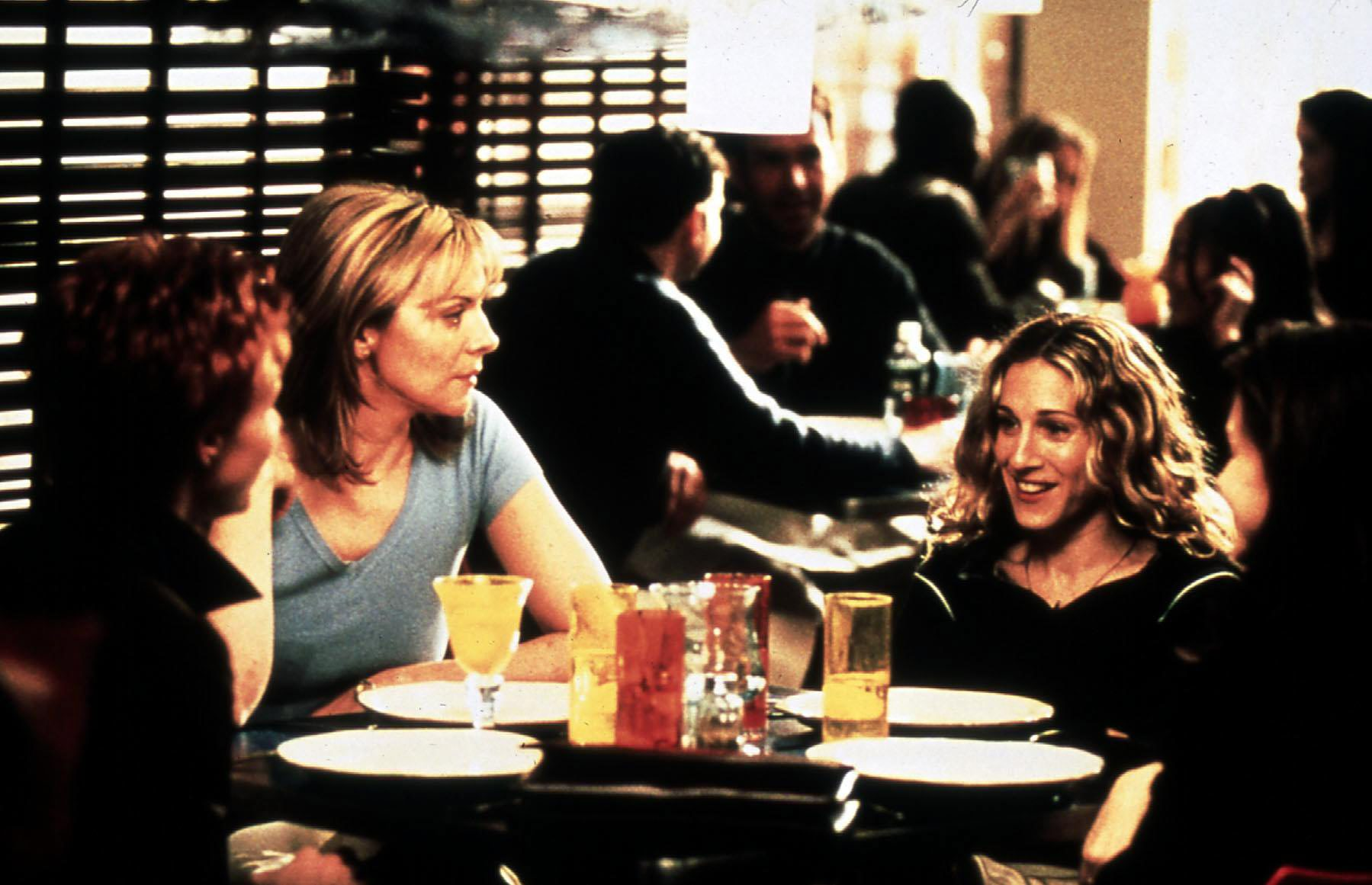 Sex And The City - 2. Season  (1999) Miranda (Cynthia Nixon), Samantha (Kim Cattrall), Carrie (Sarah Jessica Parker), Charlot