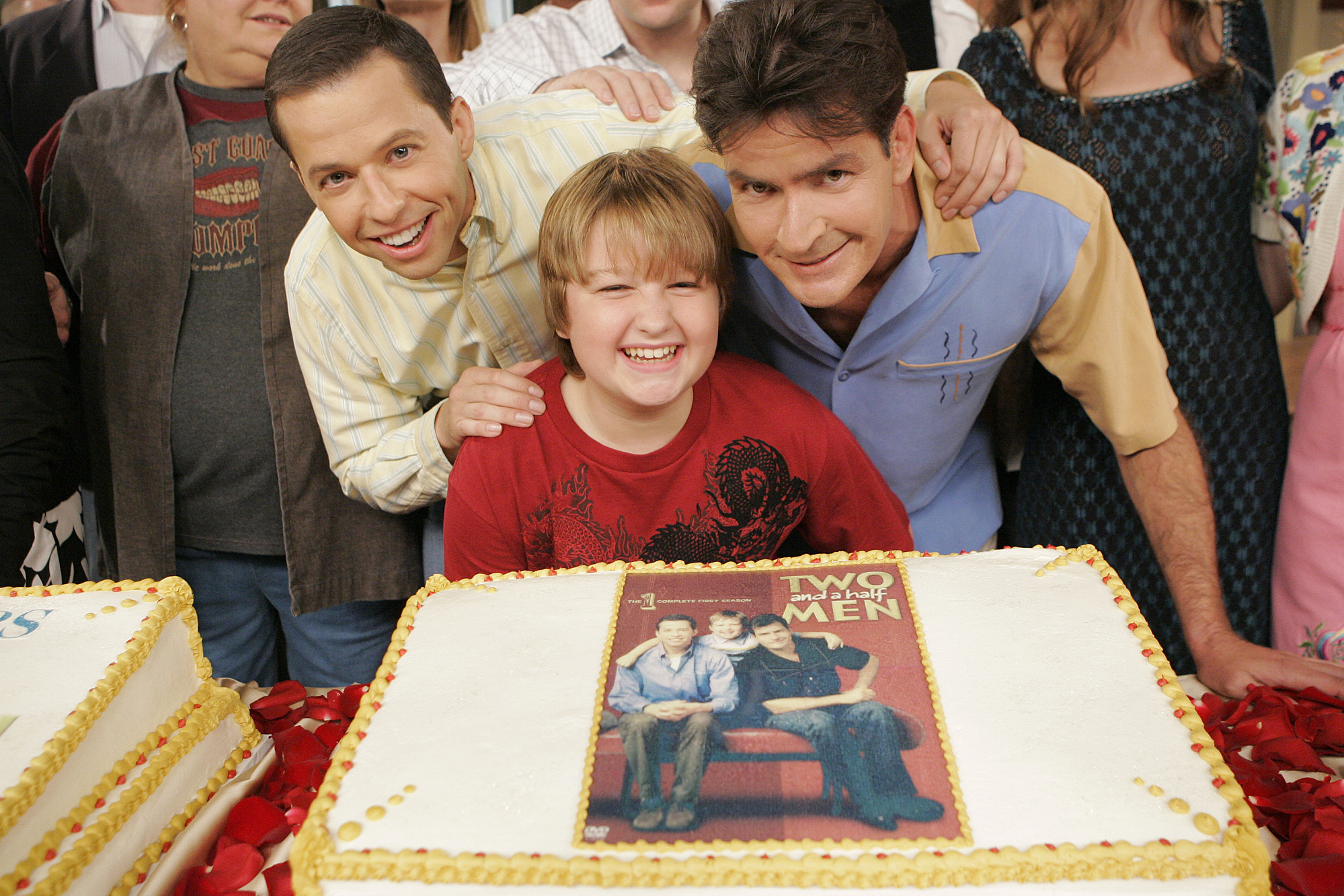Image #: 3781950    'City of Great Racks'  -- Jon Cryer (left), Angus T. Jones (center) and Charlie Sheen (right) celebrate t