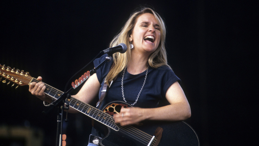 Melissa Etheridge at Jones Beach Theater, Wantagh, New York, August 8, 1993. (Photo by Steve Eichner/Getty Images)