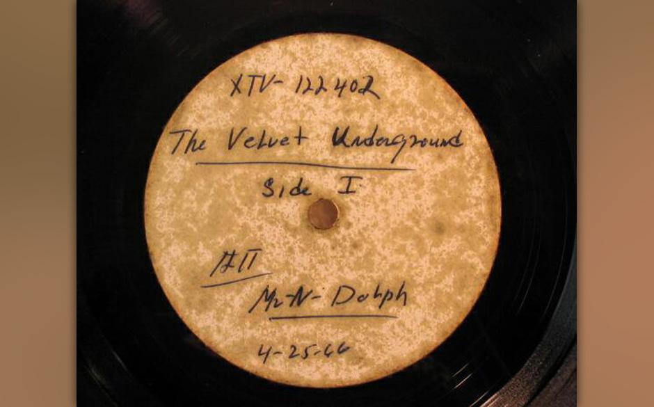 The Velvet Underground - 'The Velvet Underground & Nico' 1966 Acetate. Ein Flohmarktfund für wenige Cent brachte später auf