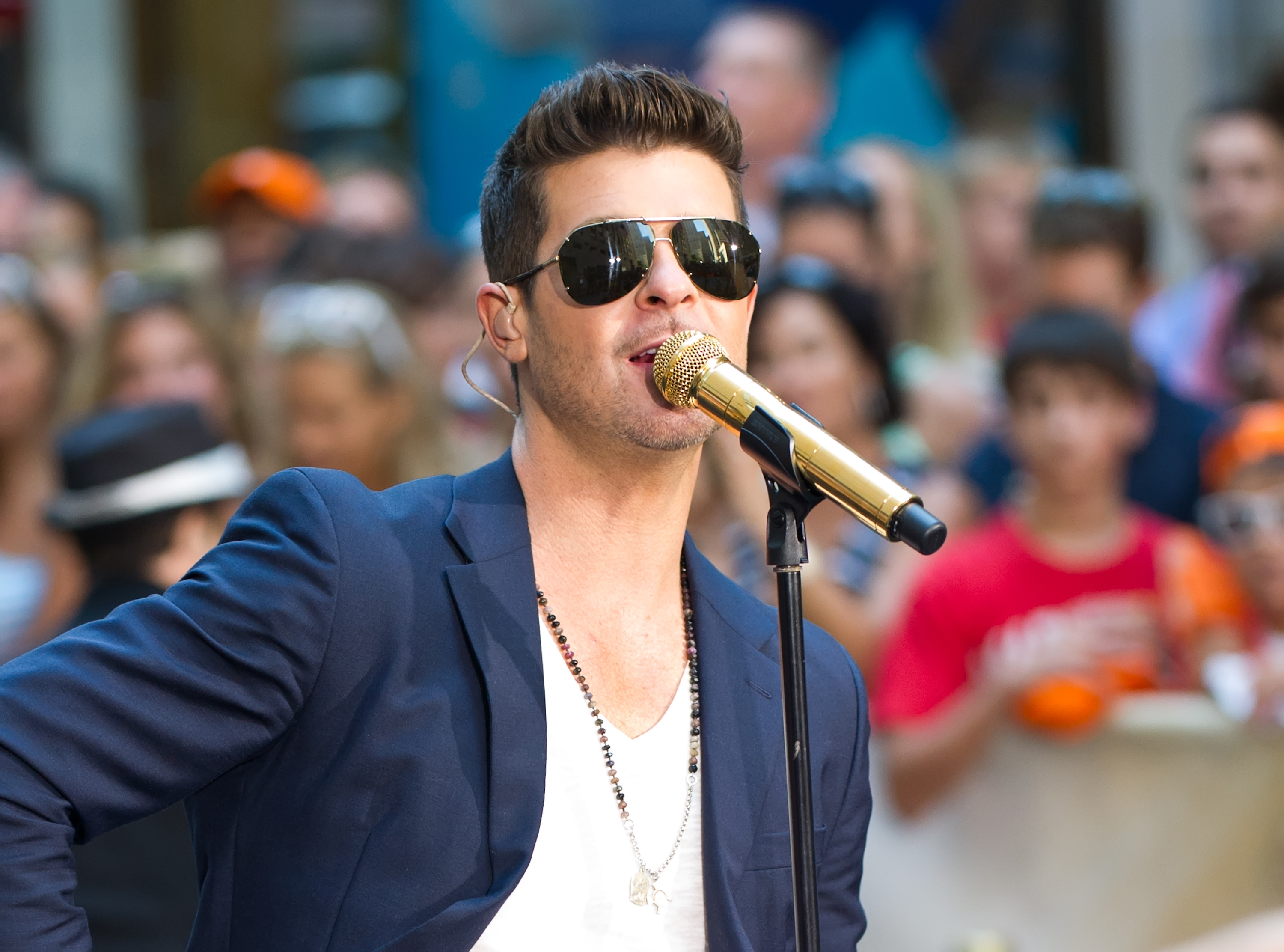 NEW YORK, NY - JULY 30:  Singer Robin Thicke performs on NBC's 'Today' at Rockefeller Plaza on July 30, 2013 in New York City