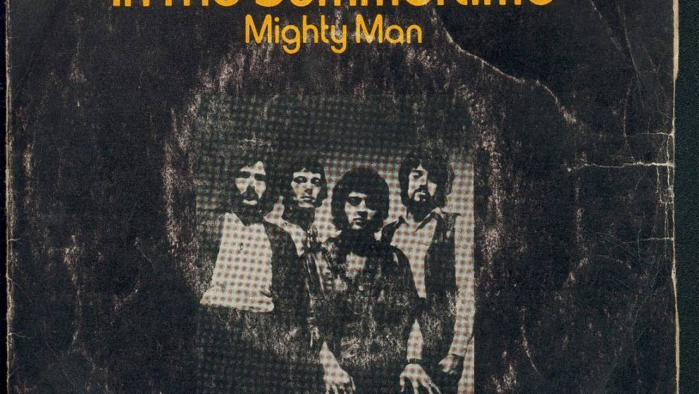 """Mungo Jerry verkaufte seine Single """"In the Summertime"""" 10 Millionen mal und schafft es damit ebenfalls knapp in unsere Top 30."""