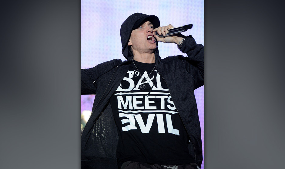 MANCHESTER, TN - JUNE 11:  Eminem performs on stage during Bonnaroo 2011 at What Stage on June 11, 2011 in Manchester, Tennes