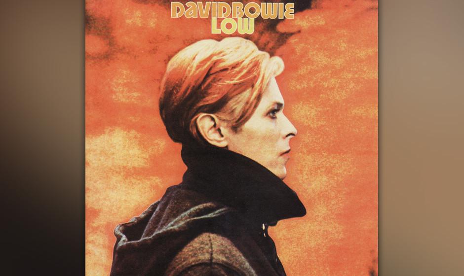 """251. Low: David Bowie 1977. Kaum in Berlin, holte Bowie Produzent Brian Eno an Bord. """"Low"""" war Teil eins einer Trilogie,"""