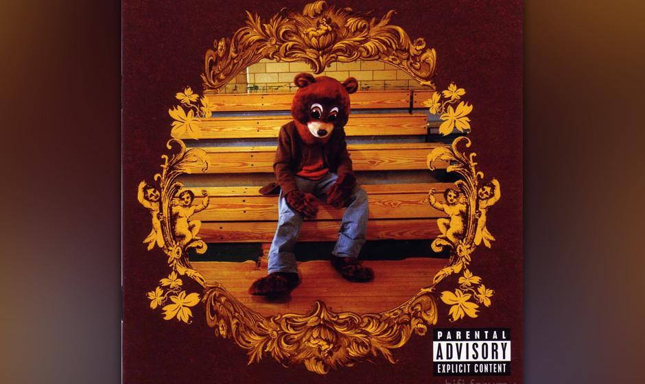 """298. The College Dropout: Kanye West 2004. Auf seinem Debüt brach der selbst ernannte """"first nigga with a Benz and a backp"""