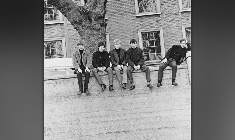 LONDON - 1st JANUARY: English rock and roll group The Rolling Stones posed on Chelsea Embankment by the river Thames in Londo
