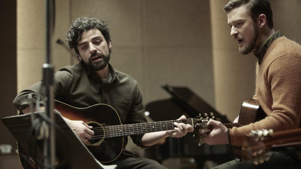 """""""Please Mr. Kennedy"""": Llewyn Davis (Oscar Isaac) und Jim Berkey (Justin Timberlake) nehmen im Studio einen neuen Song auf."""