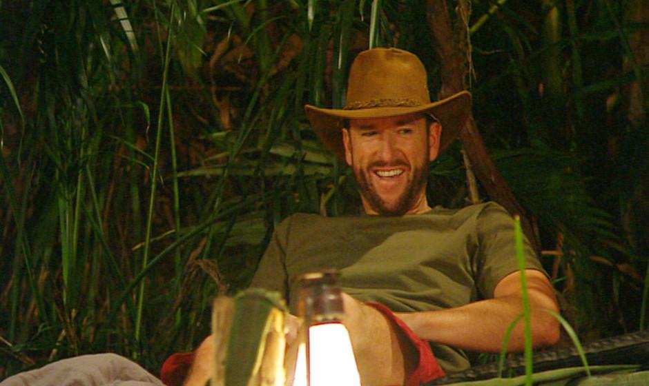 Tag 4 im Camp - Michael Wendler diskutiert mit Julian: 'Wer hat denn bitte um diese Uhrzeit noch Stuhlgang? Das gibt¡s doch