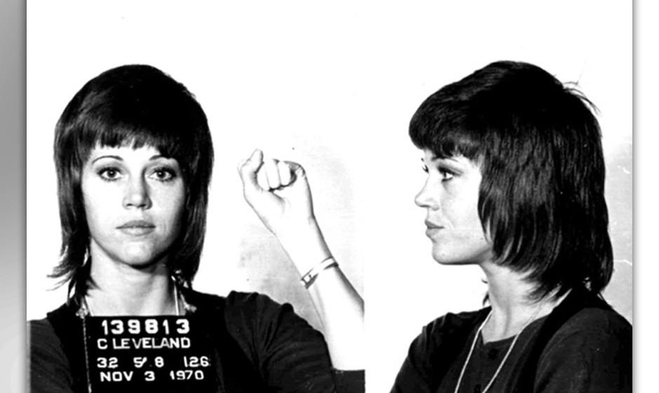 Jane Fonda, 1970: tätlicher Übergriff und Körperverletzung