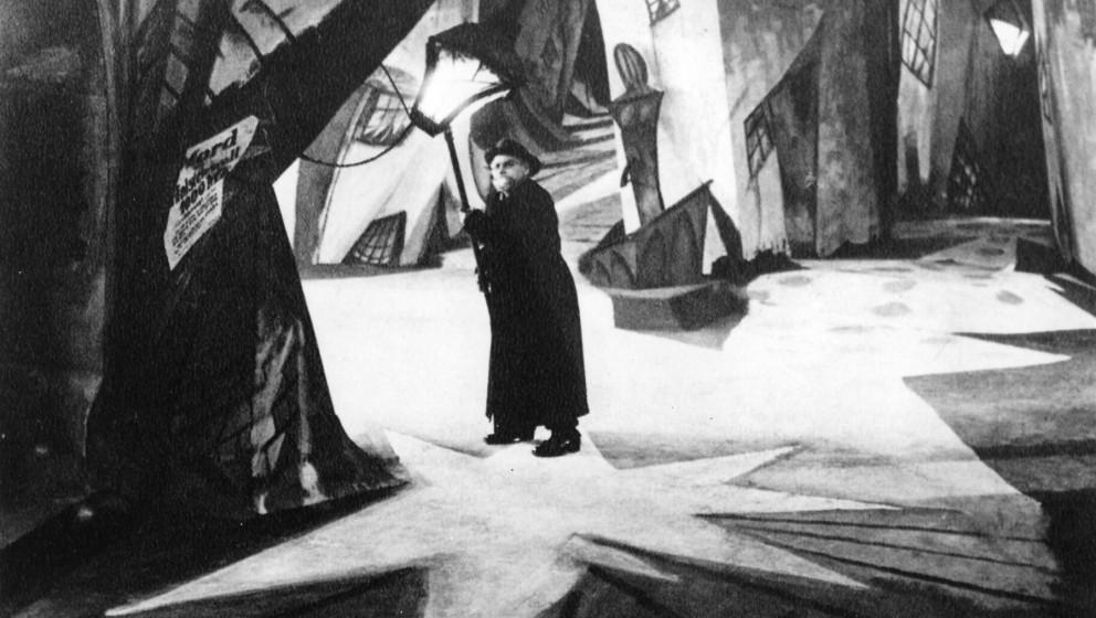 Zur ARTE-SendungCaligari - Wie der Horror ins Kino kam1: Filmstill aus ãDas Cabinet des Dr. CaligariÒ (1920)© 2013 Coll