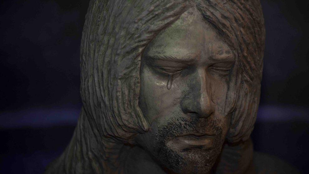 epa04156198 A Kurt Cobain memorial statue created by Randi Hubbard of Aberdeen, Washington, seen at The Aberdeen Museum of Hi