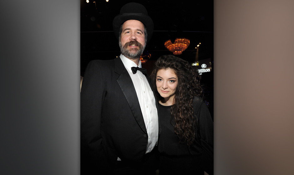 LOS ANGELES, CA - JANUARY 25:  Krist Novoselic and Lorde during the 56th annual GRAMMY Awards  Pre-GRAMMY Gala and Salute to