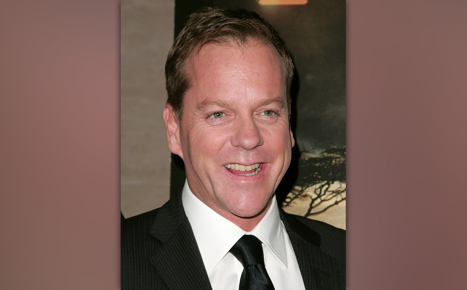 BEVERLY HILLS, CA - NOVEMBER 10:  Actor Kiefer Sutherland attends '24: Redemption - Captured in Africa' photo exhibit and scr