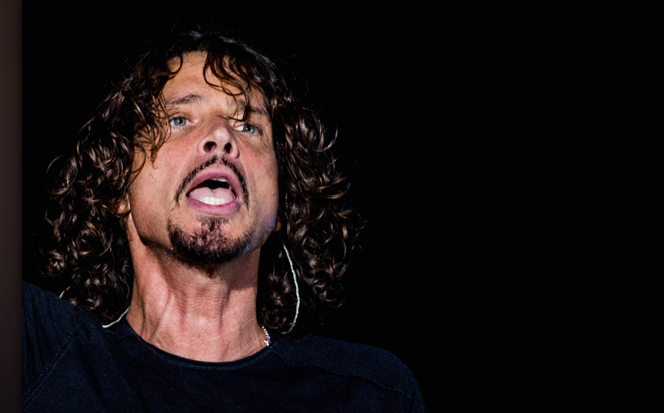 SAO PAULO, BRAZIL - APRIL 06:  Chris Cornell of Soundgarden performs on stage during the 2014 Lollapalooza Brazil at Autodrom