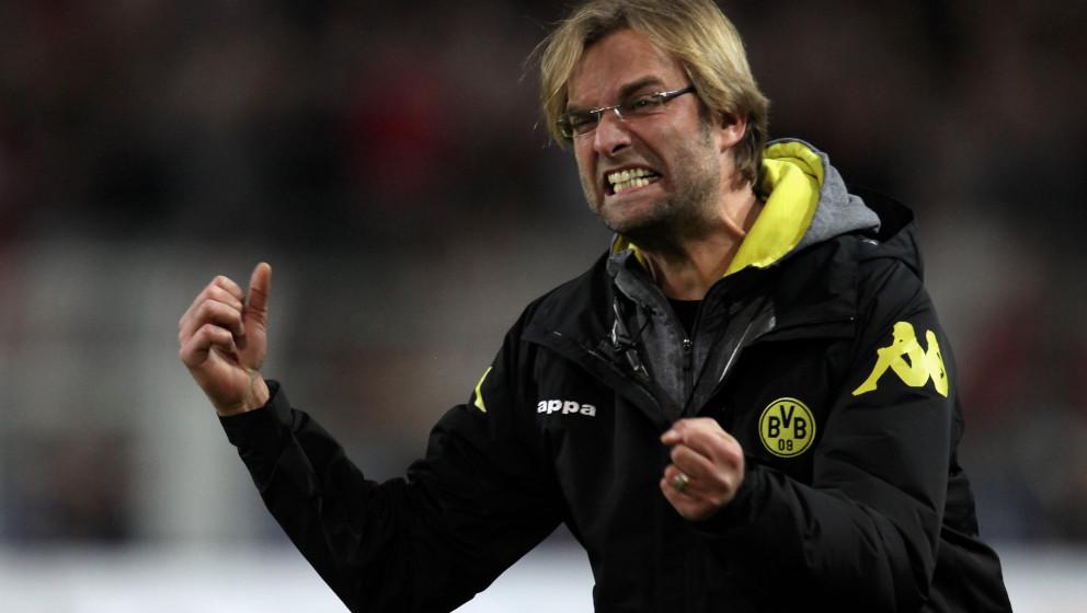 DORTMUND, GERMANY - NOVEMBER 21:  Coach Juergen Klopp of Dortmund yells during the Bundesliga match between Borussia Dortmund
